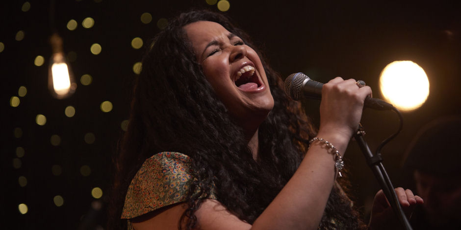 Kyla Brox singing